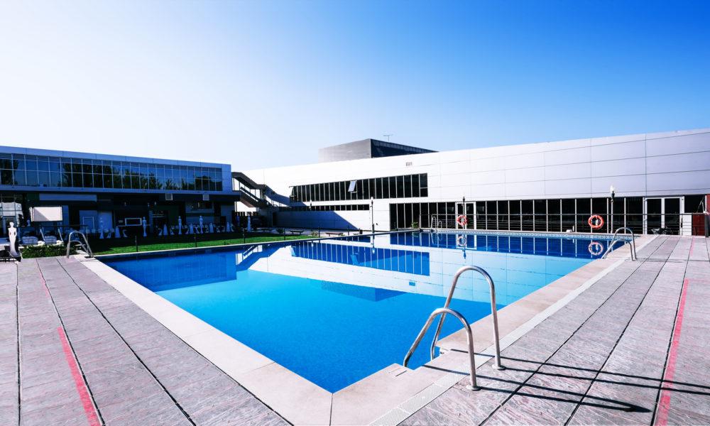 piscina gimnasio eventos padel